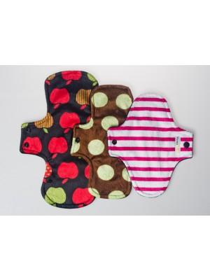 MamaMinx Sanitary Pads - 3 pads flat lay