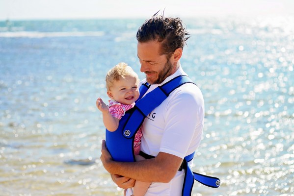 a74e1964931 ... The Frog Orange Water Baby Carrier - man royal beach ...